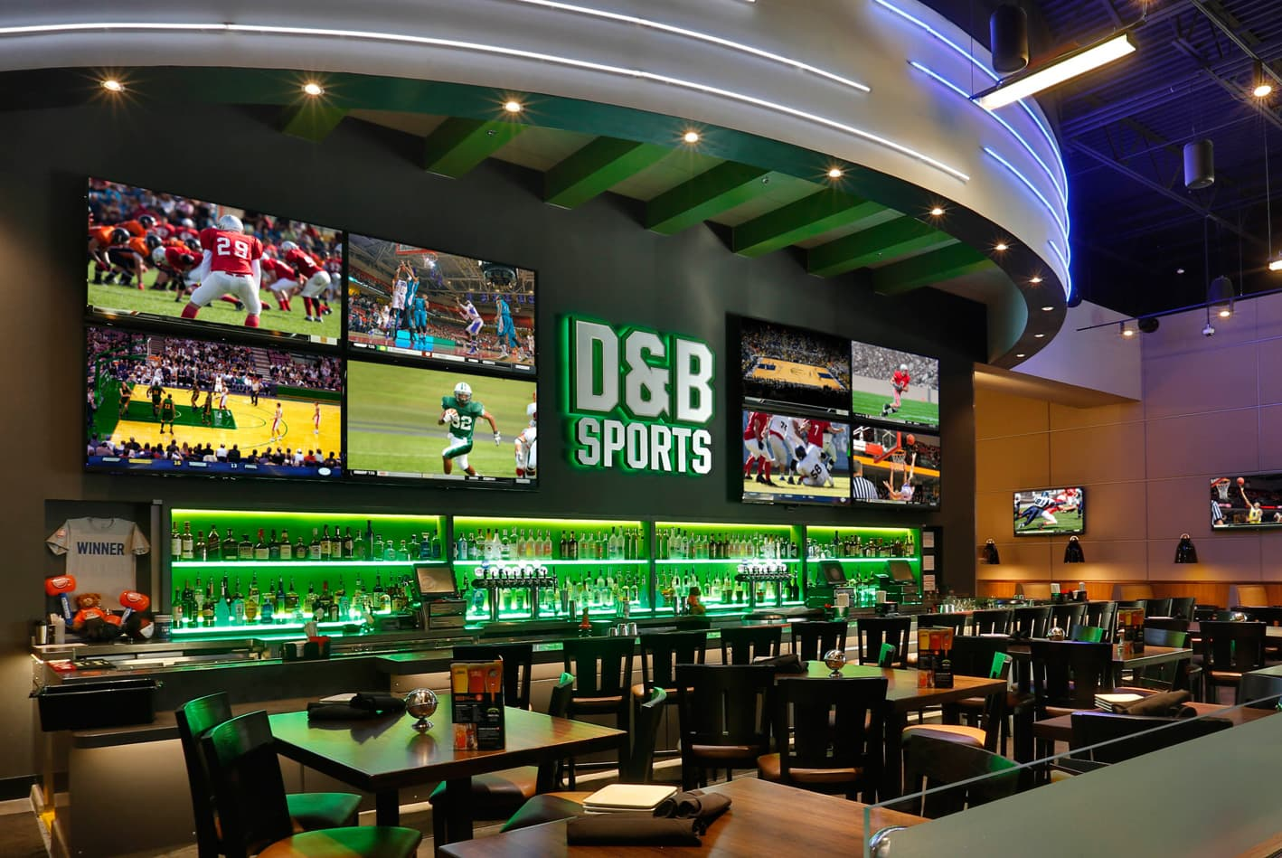 Dave and Buster's Sports Bar