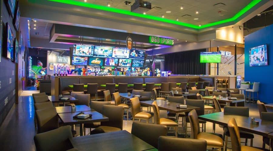 Dave & Buster\'s | Sports Bar - Fresno - Restaurants
